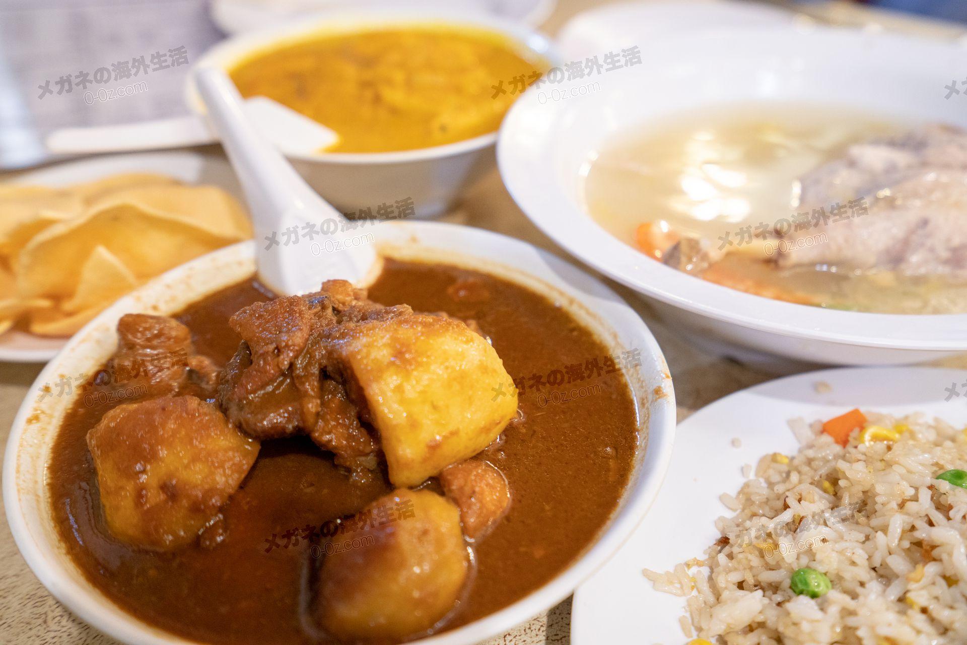 親切飯店の鶏肉料理